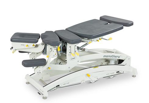 fysioterapeutti hieroja pöytä